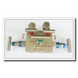Five way needle valve